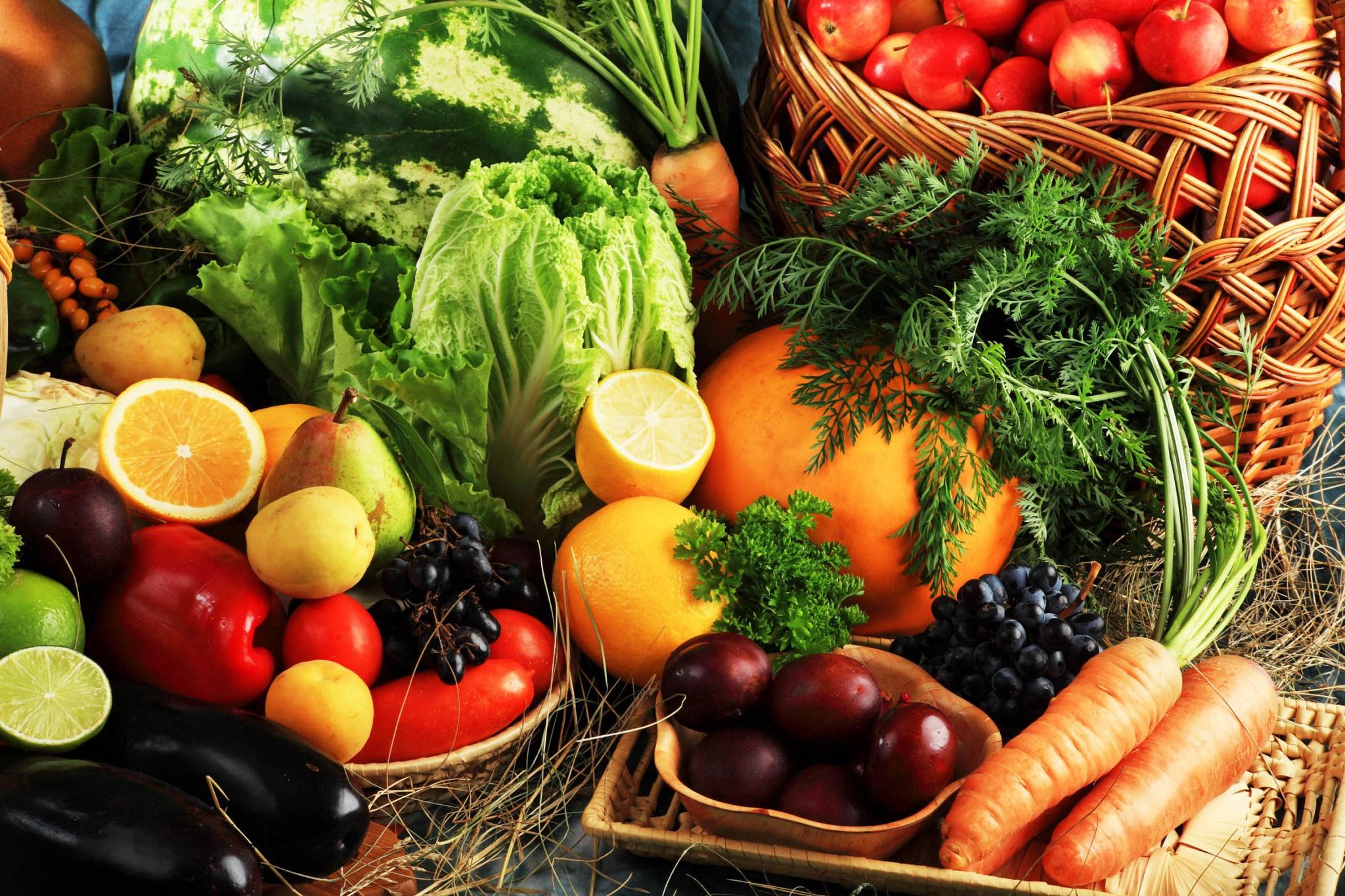 Resultado de imagem para cesta de frutas e legumes